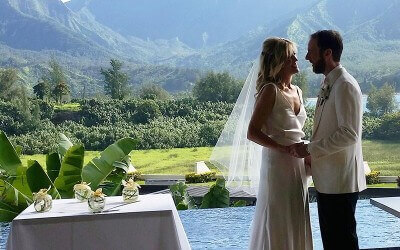 To Steam or Not to Steam: Packing for Your Kauai Wedding